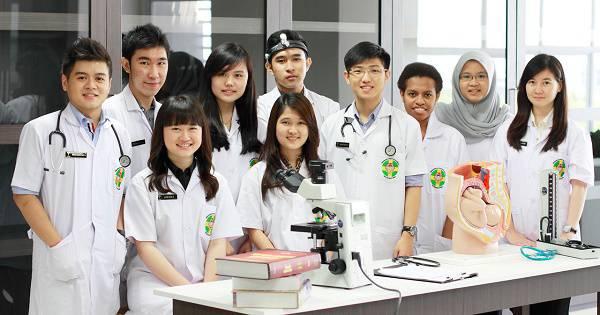 Syarat Masuk Fakultas Kedokteran (Akademik & Fisik)