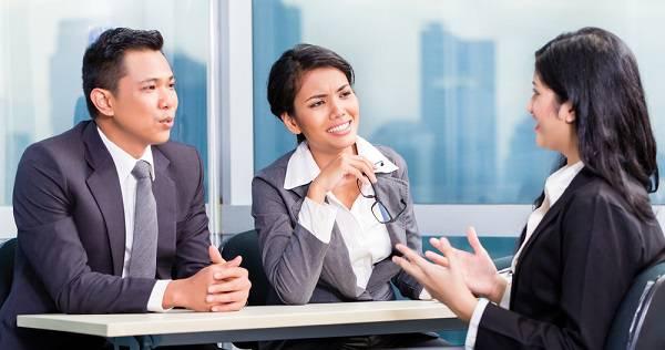 Cara Memperkenalkan Diri saat Interview Kerja